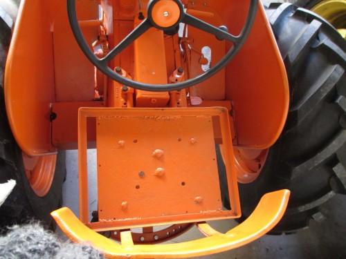 Orange Oliver seat (Large)